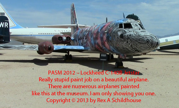 Lockheed C-140 Jetstar weird paint